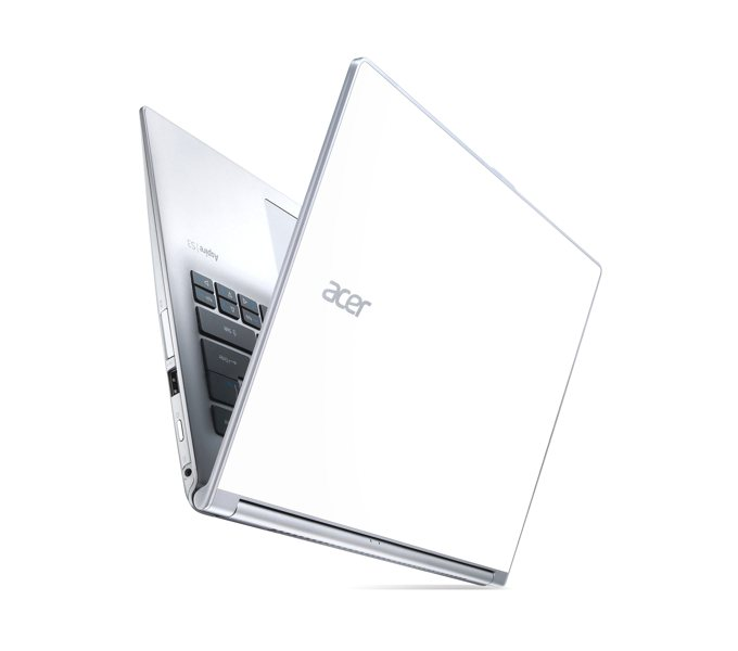 Acer | Univerzální společník na cesty